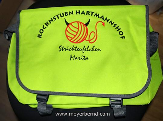 Bestickte Tasche mit Logo und Titel jetzt bei meyerbernd.com