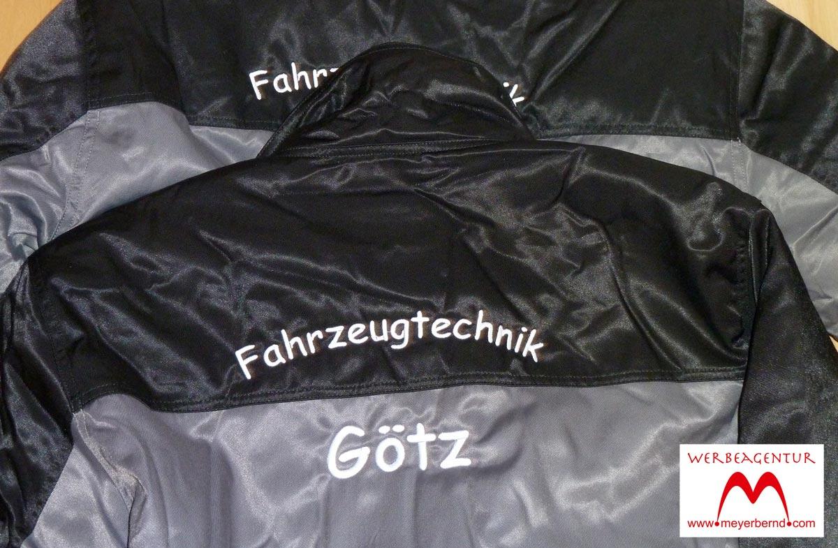 Bestickte Arbeitsjacken mit Firmenschrift für Fahrzeugtechnik Götz